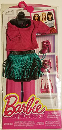 Barbie Seasonal Fashion Pack- Fuchsia Top and Green Grass Skirt with Fuchsia Boots