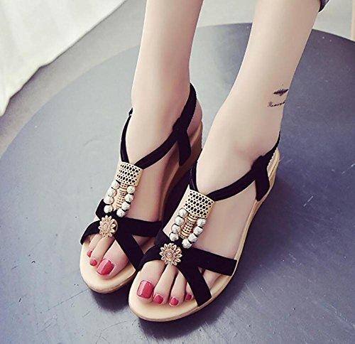 2017 nueva pendiente con sandalias de verano plano con diamantes en los zapatos de dedo abierto 2