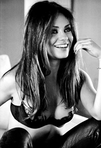 Mila kunis hot black and white 070 13x19 poster