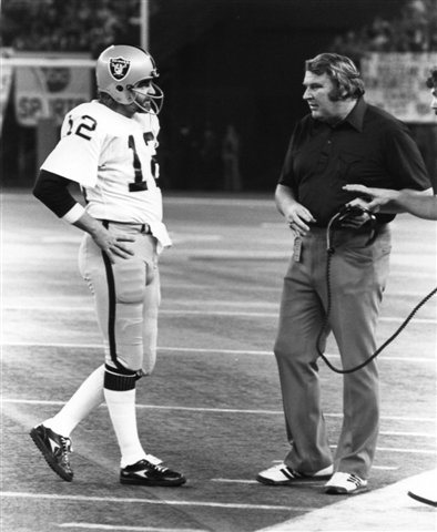 KEN STABLER & JOHN MADDEN OAKLAND RAIDERS 8X10 SPORTS ACTION PHOTO (1)