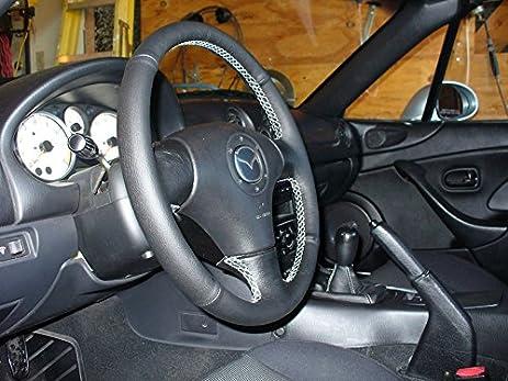 Amazon.com: Mazda Miata NB 1998-05 cubierta del volante de RedlineGoods: Automotive