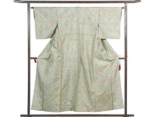 瞑想的トラック寺院リサイクル紬 / 正絹ベージュ地袷大島紬着物 / レディース【裄Mサイズ】(中古紬着物 中古つむぎ リサイクル着物)【ランクB】