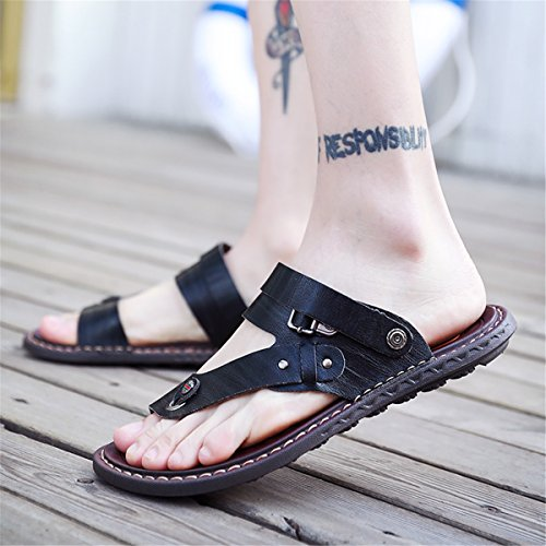 gracosy Men's Sandals Leather Beach Slipper Sandals Pull on Clip Toe Flip Flops Shoes Summer Breathable Outdoor Casual Flats Walking Shoes Lightweight Sport Men Shoes for Traveling Black UUeVavq