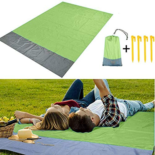 CapsA Sand Free Beach mat Large Waterproof Quick Drying Ripstop Nylon Compact Outdoor Picnic Blanket Best Sand Proof Beach Blanket for Travel Hiking Portable Family Camping Mat (Green, 145200cm)