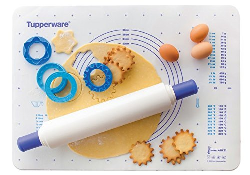 Tupperware Baking set- Mat and Rolling Pin by Tuperware