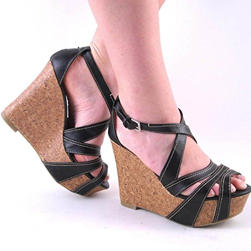 soda-darden-black-high-heel-platform-sandal-8
