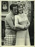 Vintage Photos 1975 Press Photo Actors Ron Carey and Candy Azaara in The Montefuscos on NBC