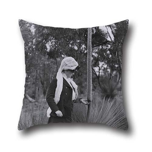 Amy Sofa (Throw Pillow Case 16 X 16 Inches / 40 By 40 Cm(2 Sides) Nice Choice For Bar,office,sofa,outdoor,bar Seat,dinning Room Oil Painting Archibald James Campbell - Amy And Xanthorrhoea)