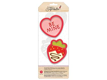 Amazon.com: American Crafts Sugarbelle Cookie Cutter Set We ...