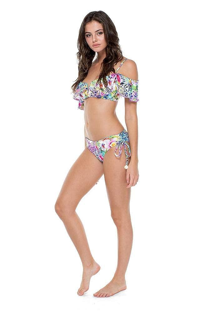 a9bd8b1c0d7e0 Amazon.com  Luli Fama GUAJIRA Superstar - V Ruffle Top  Luli Fama  Clothing
