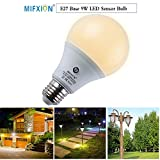 TOPCHANCES E27 LED Sensor Light Bulb Smart Bulb Dusk to Dawn Lights Bulbs with Auto on/off, Indoor Outdoor LED Lighting Lamp for Hallway, Patio, Garage,Hallway (4000K Natural White, 9W 810 Lumens) For Sale