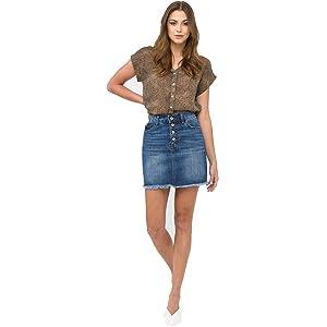 ca52bf08312 KanCan Faded Dark Wash Stretchy Denim Skirt with Frayed Hem and ...