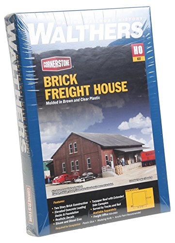 Walthers Cornerstone Series Kit HO Scale Freight House Kit ()