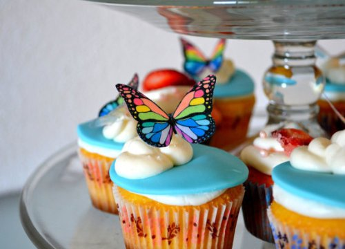 Edible Butterflies © - Small Rainbow Monarchs Set of 24 - Cake and Cupcake Toppers, Decoration -