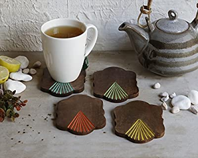 Christmas Thanksgiving Gifts Set of 4 Wooden Coasters with Colored Tip Design and Coaster Holder for Barware Home Kitchen Tabletop Accessory Décor