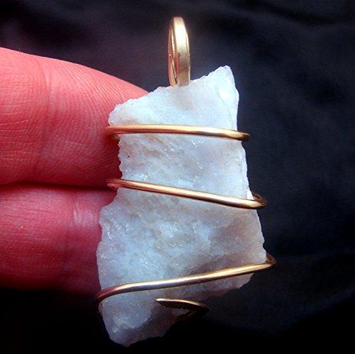 Chalcedony Agate Pendant (Kay Nelsen Todd Holly Blue Chalcedony Agate Pendant Merlin's Gold #34)