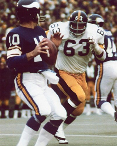 (ERNIE HOLMES PITTSBURGH STEELERS 8X10 SPORTS ACTION (PL) )