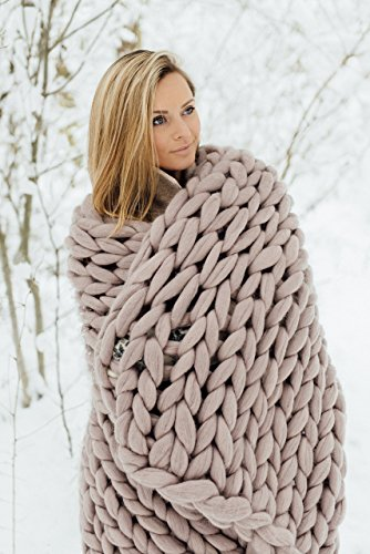 Chunky knit blanket, giant yarn throw blanket, arm knit from 100% merino wool