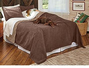 Orvis Reversible Dog Proof Coverlet And Matching Pillowcases/Large Coverlet,  Bark, Full