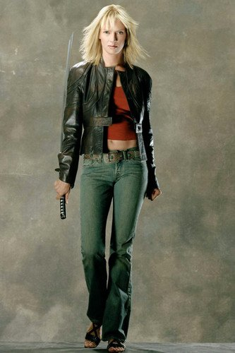 Uma Thurman in Kill Bill: Vol. 1 in leather jacket with sword at side 24x36 Poster