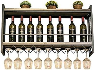 Bottiglie del famoso vino croato sugli scaffali per la vendita