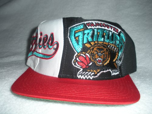 Vancouver Grizzlies Vintage Snapback Hat by Logo Athletic