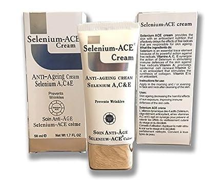Potente crema facial antienvejecimiento con acción de selenio, vitamina A, C y E