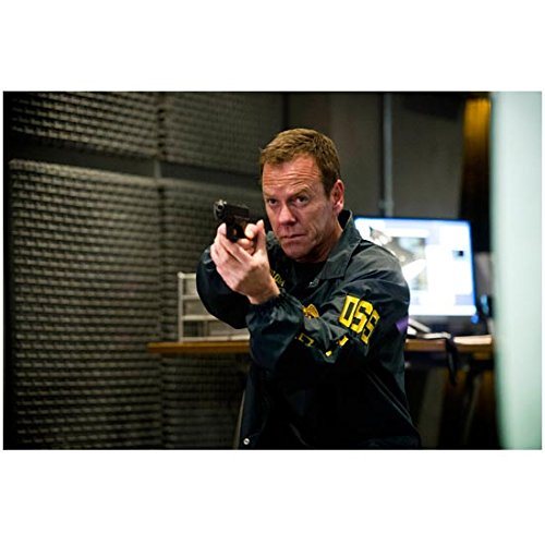 (24: Live Another Day Kiefer Sutherland as Jack Bauer Holding Gun Pointed at Camera 8 x 10 inch)