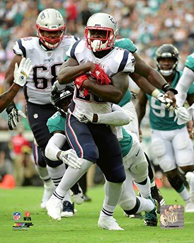 Size: 8 x 10 Julian Edelman New England Patriots Super Bowl LI Spotlight Action Photo