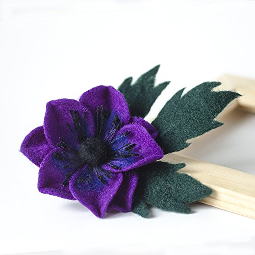 (Purple flower brooch Anemone pin Handmade Felted Jewelry Purple jewellery Felted wool broach Fashion accessories Gift ideas for teacher Cute gift for Her )