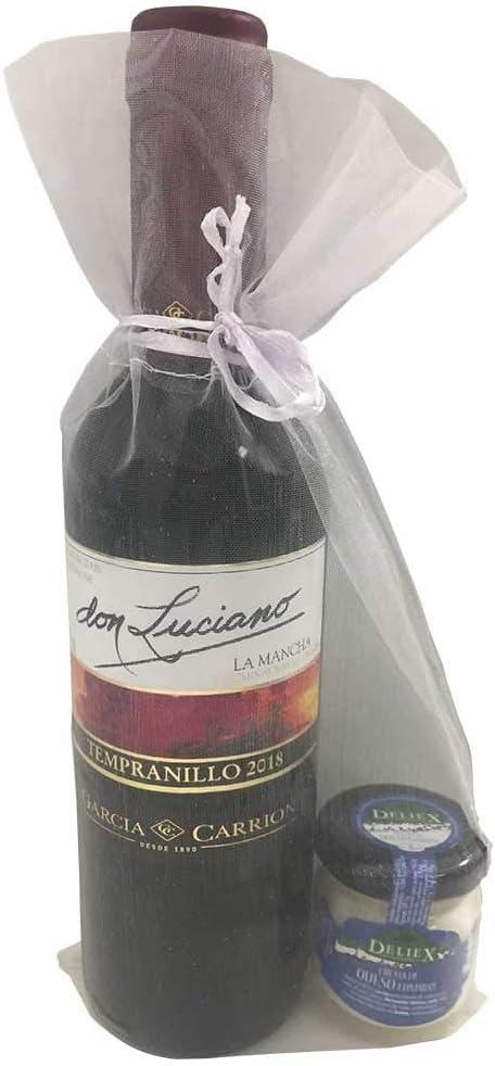 Detalle para comuniones con vino miniatura Don Luciano Tempranillo y una crema de queso de oveja y vaca en bolsa de organza (Pack 24 ud)