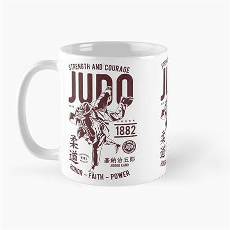 Amazon com: gocontigo - The Visit - Yahtzee! Mug 11 Oz White