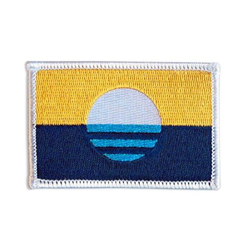 People's Flag of Milwaukee Embroidered Iron-On / Sew-On City Flag Patch ()
