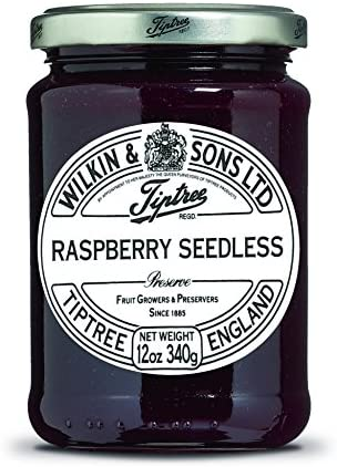 Tiptree Raspberry Conserve Seedless (340g) ティプトリーラズベリー節約の種なし( 340グラム)