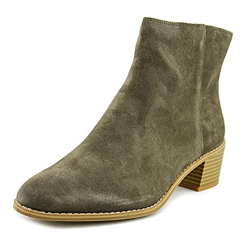 CLARKS Womens Breccan Myth Closed Toe Ankle Fashion Boots, Khaki Suede, Size 6.0