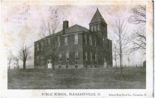 Photo Reprint Public School, Pleasantville, O. School Post Card Co., Columbus, O. 1901-1910