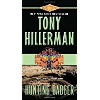 Hunting Badger (A Leaphorn and Chee Novel Book 14)