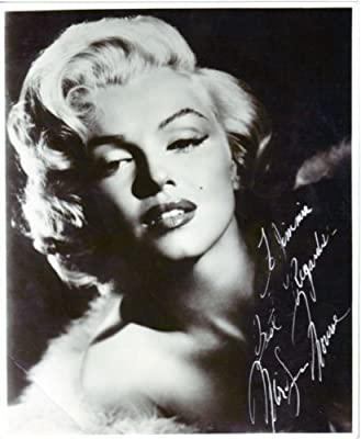 Marilyn Monroe Signed Autographed 8 X 10 Reprint Photo - Mint Condition