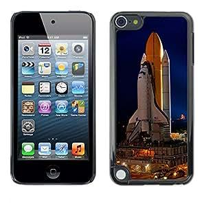 TopCaseStore / la caja del caucho duro de la cubierta de protección de la piel - Cape Canaveral Space Ship Launch - Apple iPod Touch 5