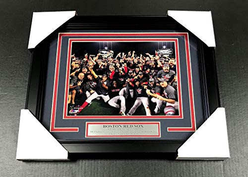 2018 BOSTON RED SOX WORLD SERIES CHAMPIONS TEAM FRAMED PHOTO #2 8X10 ()