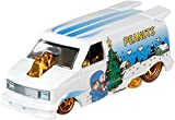 Hot Wheels Peanuts '85 Chevy Astro Van Vehicle