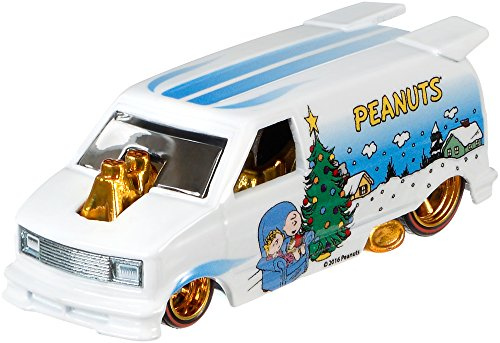 2016 Hot Wheels Pop Culture Peanuts Diecast Vehicle - '85 Ch