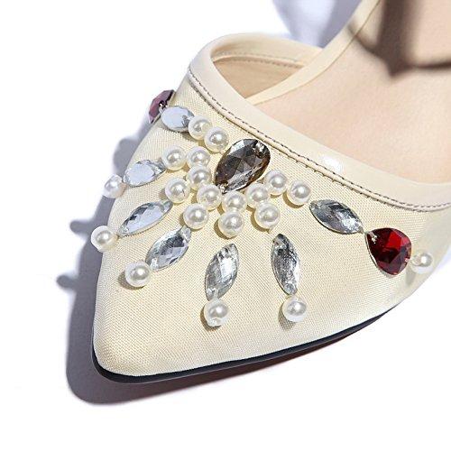 Allhqfashion Mujeres Solid Cow Kitten-heels Cuero Cerrado Heel Sandals Beige