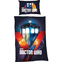 OFFICIAL LICENSED DOCTOR WHO TARDIS TIME BLUE CANADIAN TWIN (COMFORTER COVER 135 X 200 - UK SINGLE) (PLAIN WHITE FITTED SHEET - 91 X 191CM + 25 - UK SINGLE) PLAIN WHITE HOUSEWIFE PILLOWCASES 5 PIECE BEDDING SET
