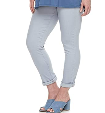 7bfe690d381e6 a:glow Maternity Full Belly Panel Twill Skinny Capris at Amazon Women's  Clothing store:
