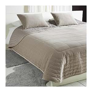 Amazon.com: IKEA PENNINGBLAD - Bedspread and 2 cushion ...