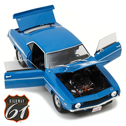 Brian's 1969 Chevrolet Yenko Camaro 2 Fast 2 Furious Movie (2003) Driven by Paul Walker 1/18 Diecast Car Model by Highway 61 18001