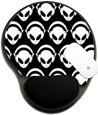 Luxlady Mousepad wrist protected Mouse Pads/Mat with wrist support design IMAGE ID: 34364919 Alien monsters Background
