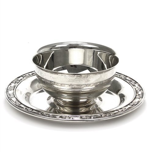 Park Lane by Oneida, Silverplate Gravy Boat, Attached Tray