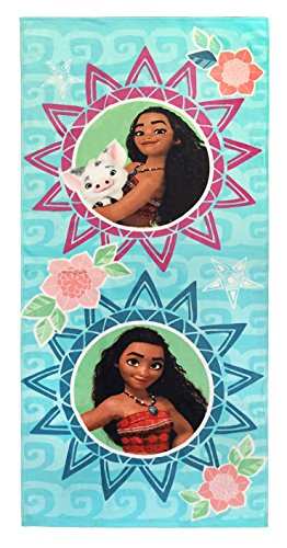 Jay Franco Disney Moana Waves Kids Bath/Pool/Beach Towel - Super Soft & Absorbent Fade Resistant Cotton Towel, Measures 28 inch x 58 inch (Official Disney Product)